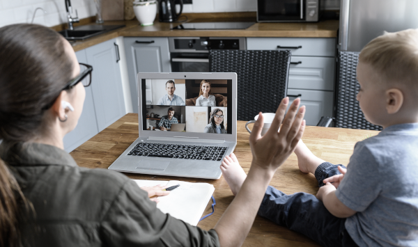 Meetings sind als Videokonferenz abzuhalten, empfiehlt die SARS-CoV-2-Arbeitsschutzregel